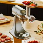 How Does Meat Grinder Work? Explaining The Mechanism