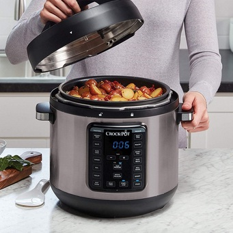 Six simple steps to cook with an electric pressure cooker
